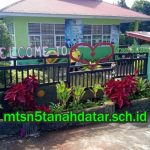 MTsN 5 Tanah Datar Launching Website Resmi
