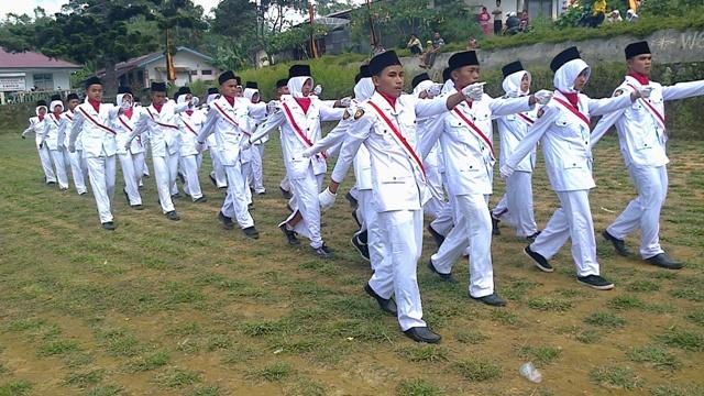 Pasukan Pengibar Bendera (Paskibra) MTsN 5 Tanah Datar